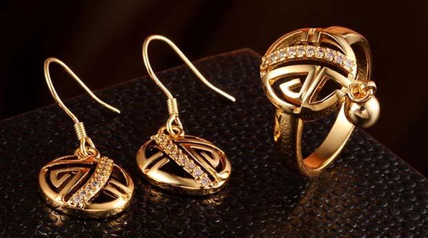Как правильно выбрать золотые украшения?